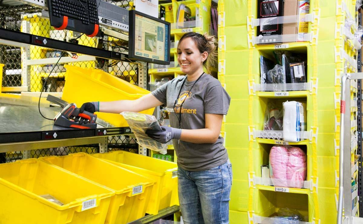 Amazon to invest over 700 million USD in training for employees